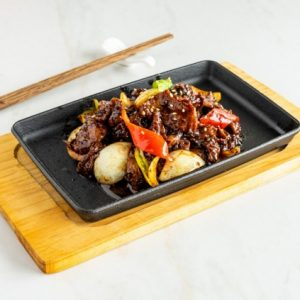 Hot Plate Meat With Black Pepper/黑胡椒铁板肉